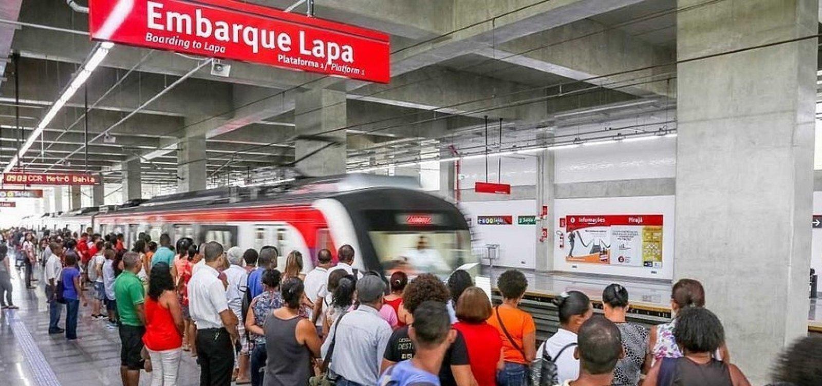 Metrô e ônibus param de circular mais cedo nesta sexta-feira devido ao toque de recolher noturno