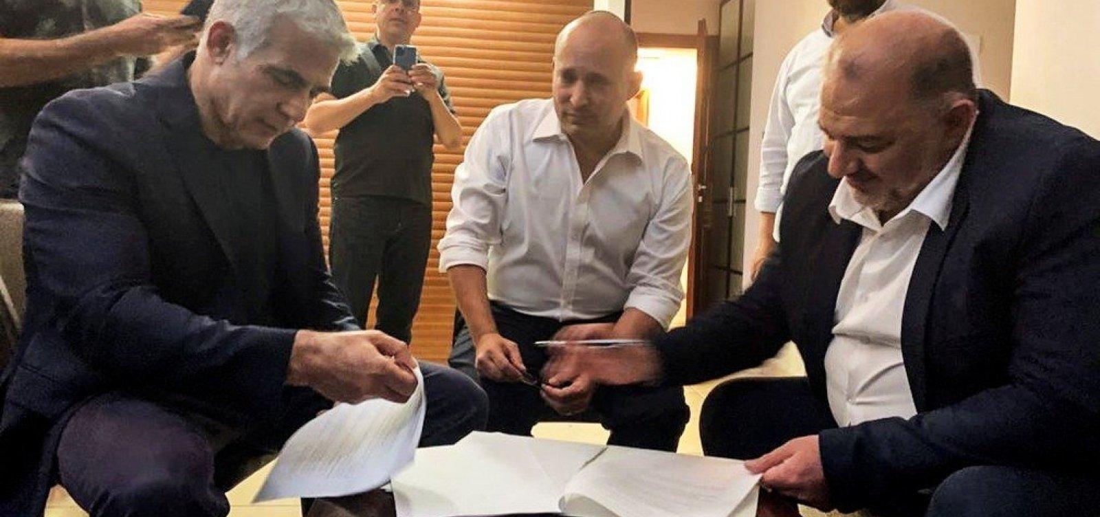 Parlamento de Israel vota amanhã mudança no governo e saída de Netanyahu