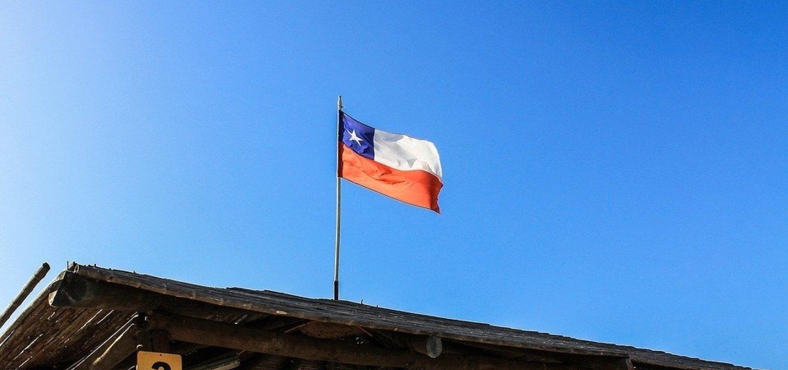Chile prorroga fechamento de fronteiras