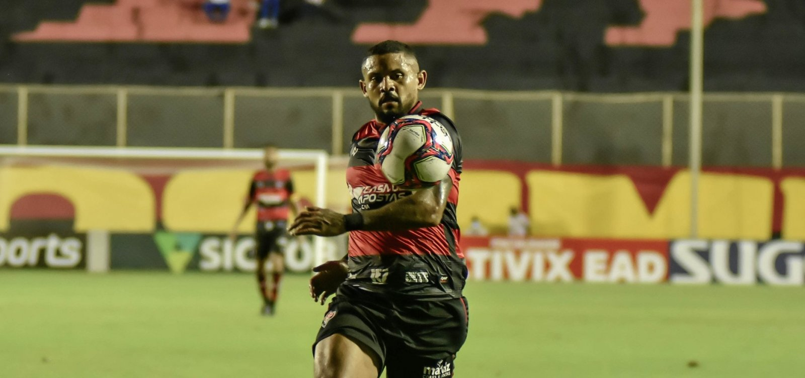 Após empate no Barradão, Vitória vai até o Pará enfrentar o Remo