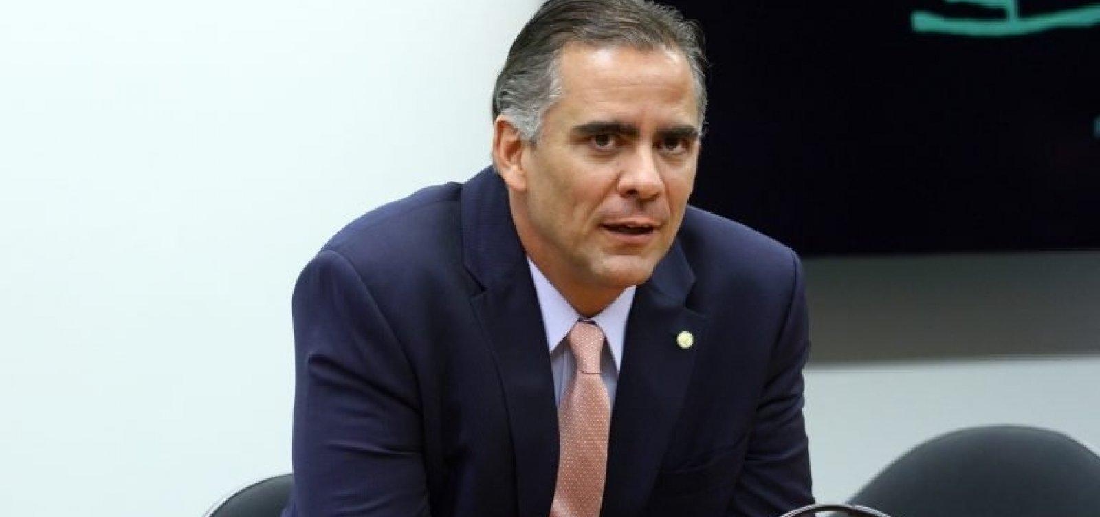 """Deputado federal do DEM defendeu expulsão e diz que Maia agiu de forma """"desequilibrada"""""""