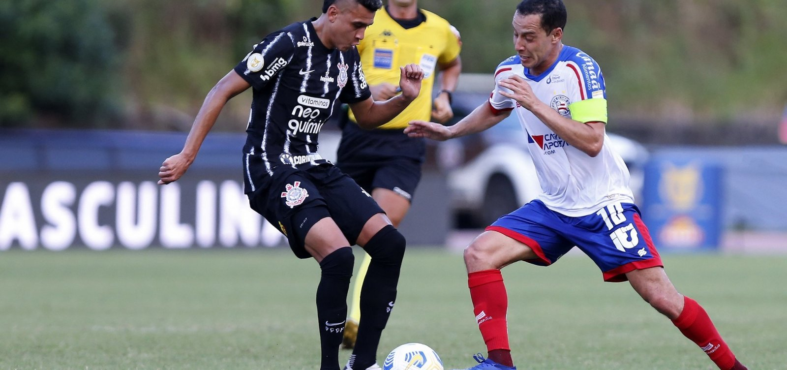 Bahia e Corinthians empatam sem gols em Pituaçu