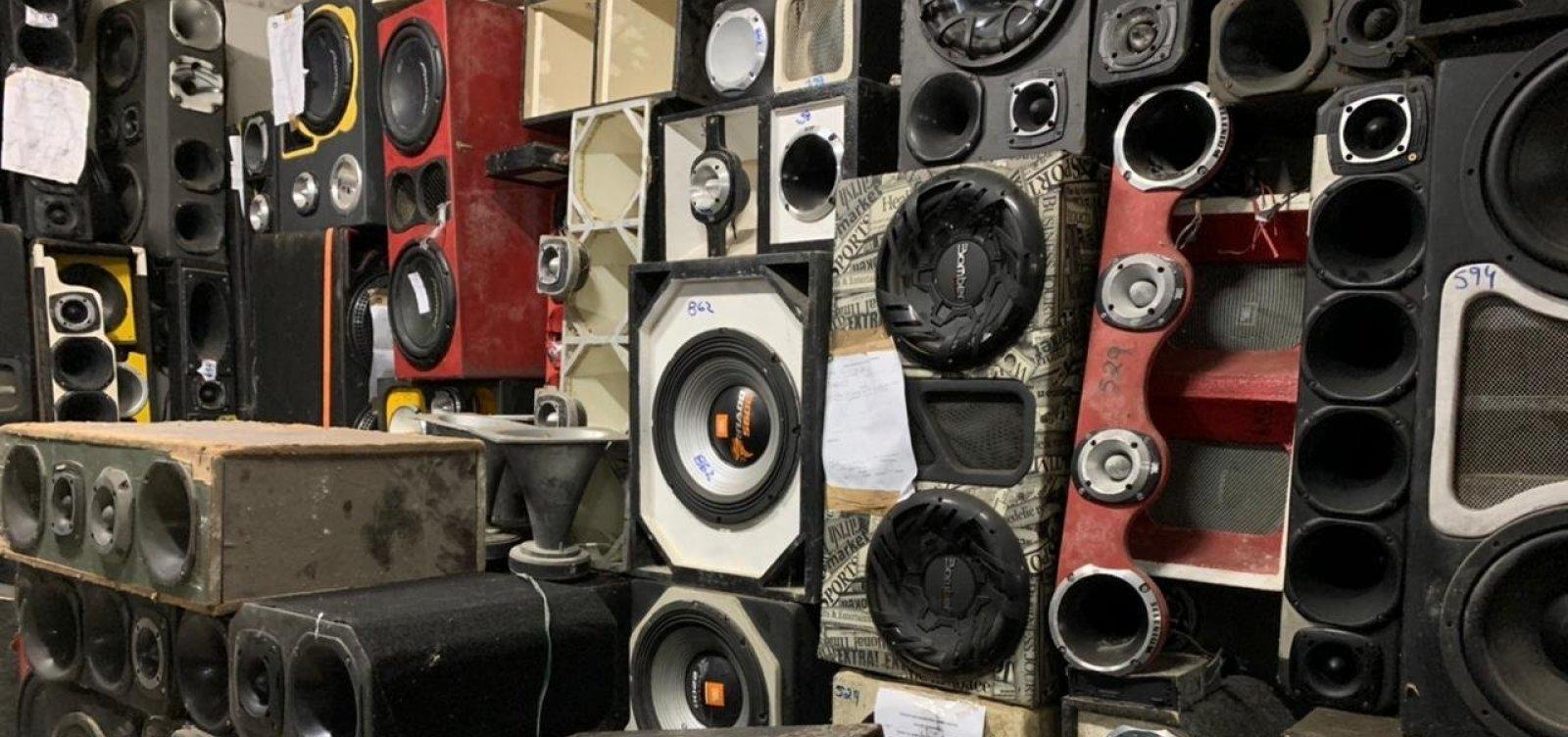 Operação contra poluição sonora apreende 30 equipamentos em Salvador