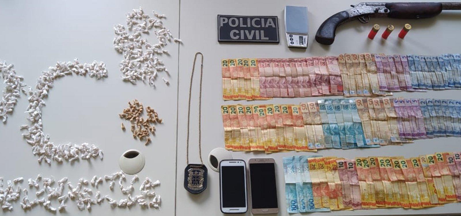 Casal e idosa são presos em operação de combate ao tráfico no extremo sul da Bahia