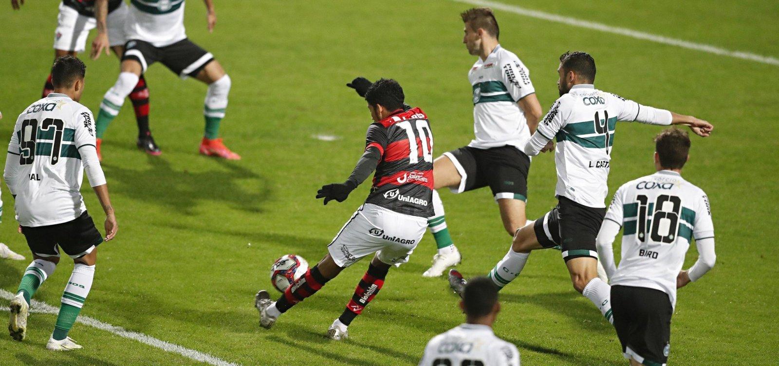 Vitória perde primeira com Ramon e já mira Londrina