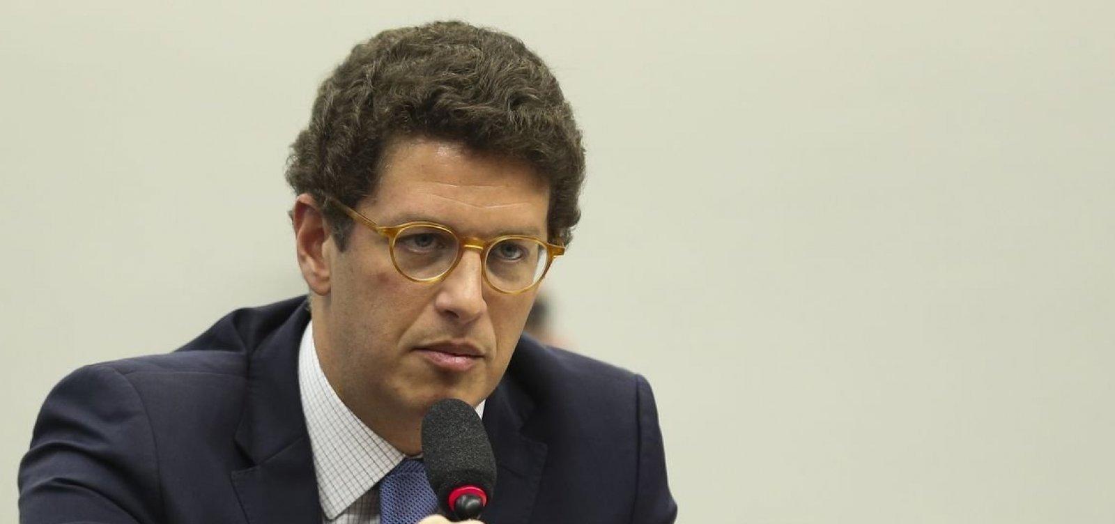"""Ambientalista não prevê melhoria com troca, mas comemora saída de Salles: """"Foi o pior ministro"""""""