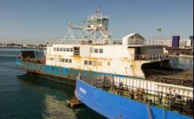 Ferry registra movimento intenso neste domingo
