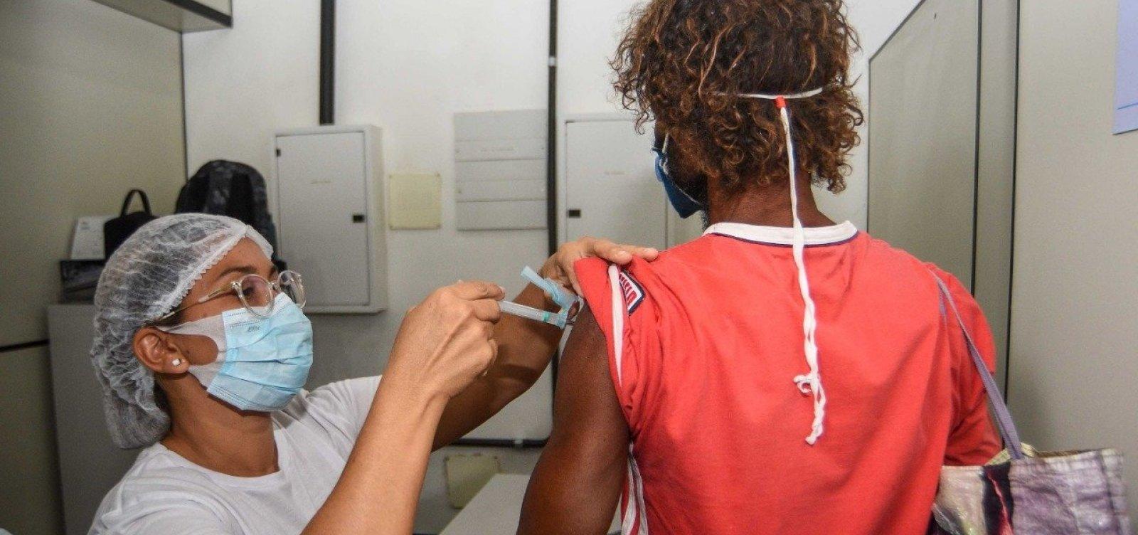 No 1º dia de imunização para a população em situação de rua, 831 pessoas são vacinadas