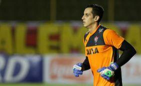 Vitória encerra negociações com três jogadores do elenco de 2015