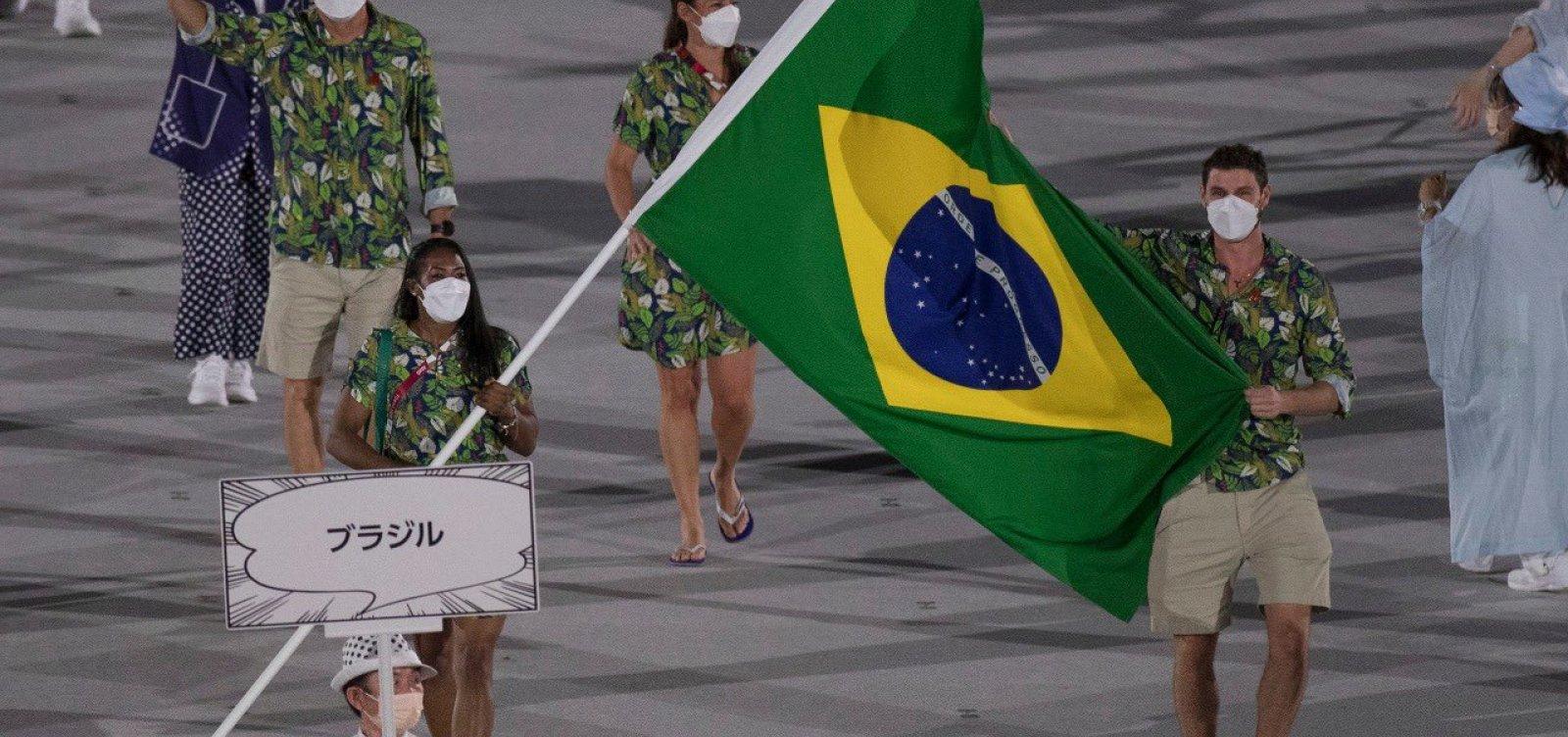 Ketlen Quadros e Bruninho representam Brasil na abertura das Olimpíadas