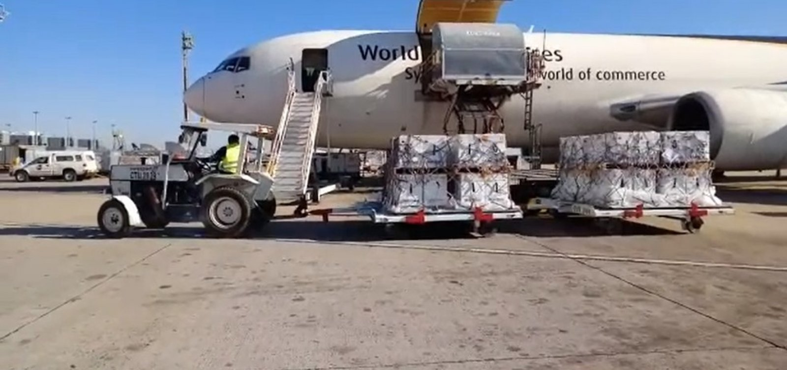 Pfizer entrega mais 1 milhão de doses ao Brasil neste domingo