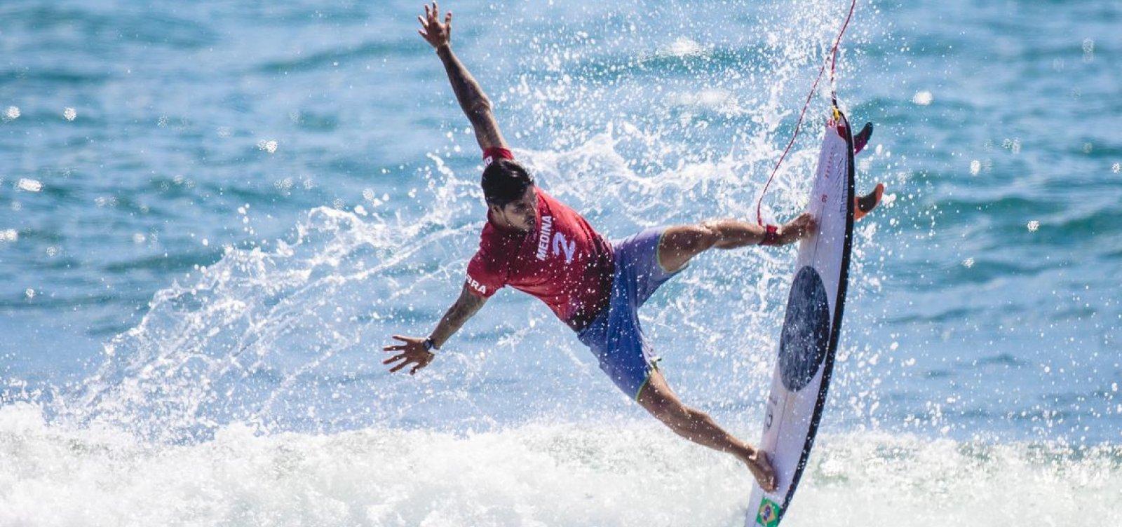 Olímpiadas: oitavas do surfe começam neste domingo com quatro brasileiros