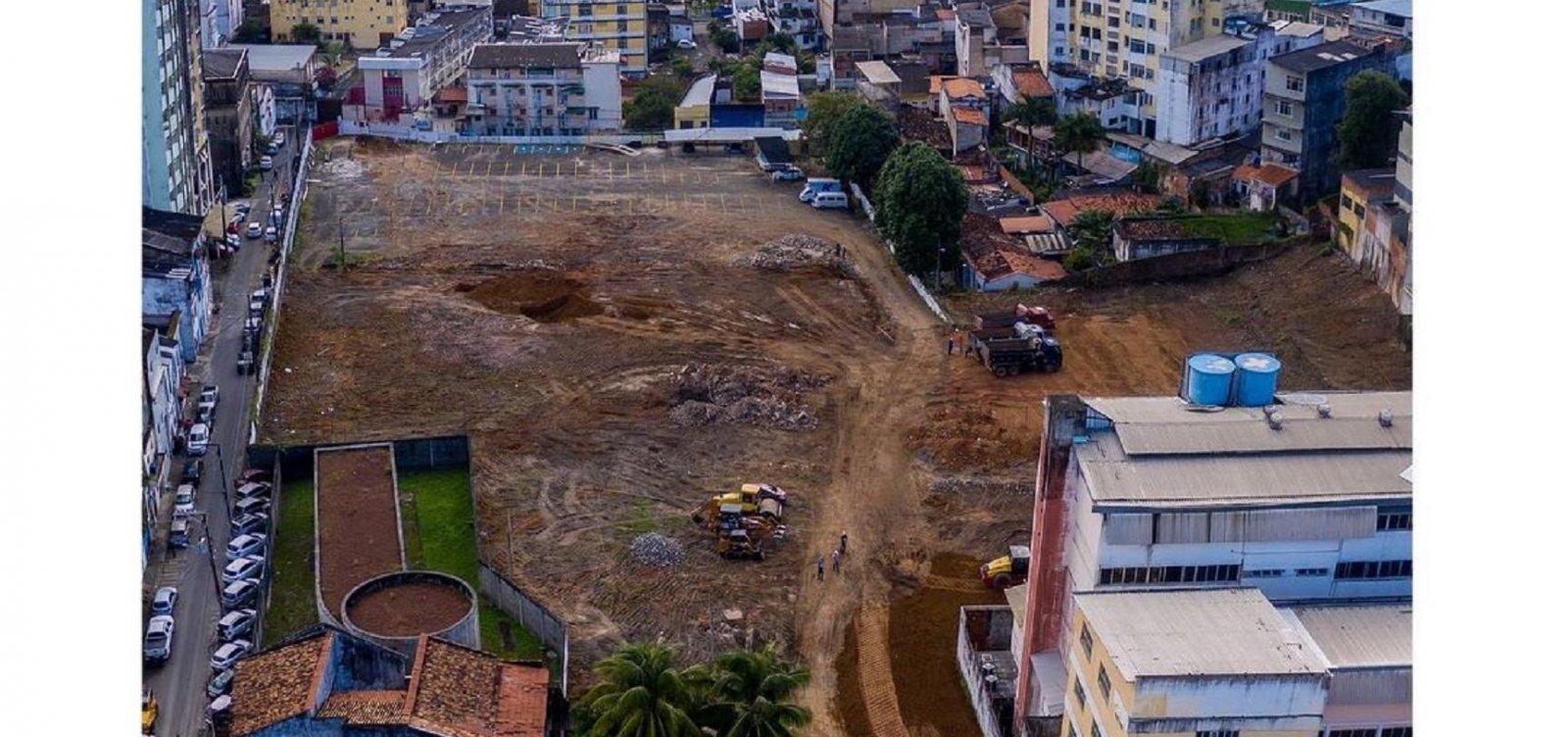 Moradores dos Barris protestam contra derrubada de árvores centenárias