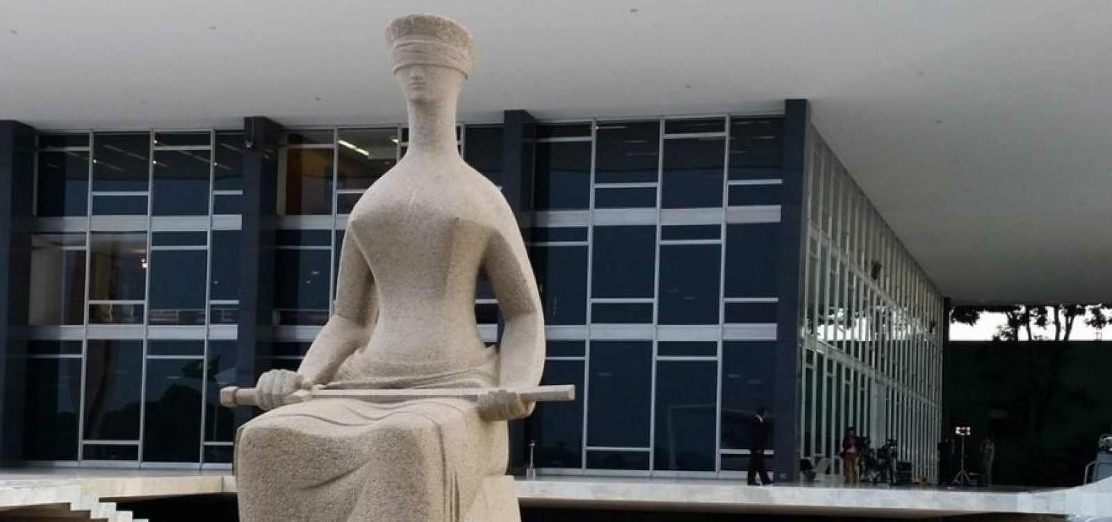 """""""Mentira repetida mil vezes não vira verdade"""" diz STF em resposta a Bolsonaro"""