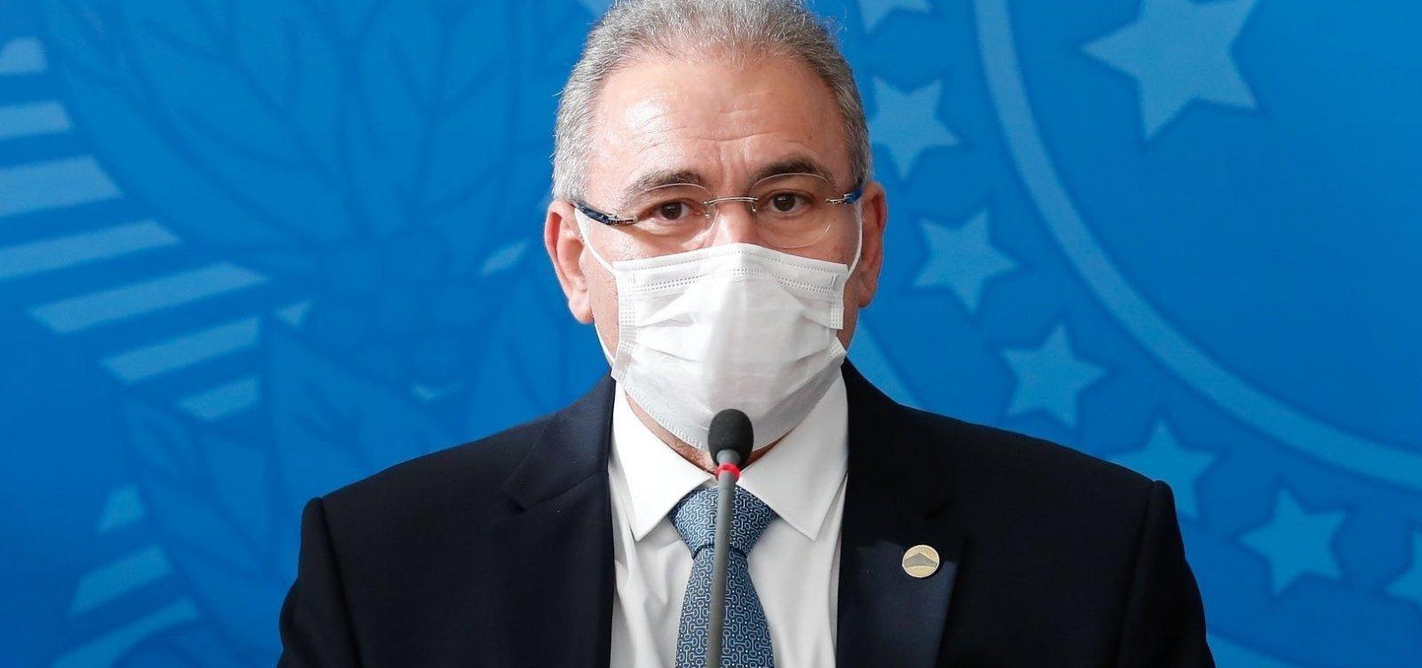 Ministro da Saúde pede que brasileiros tomem segunda dose contra Covid-19
