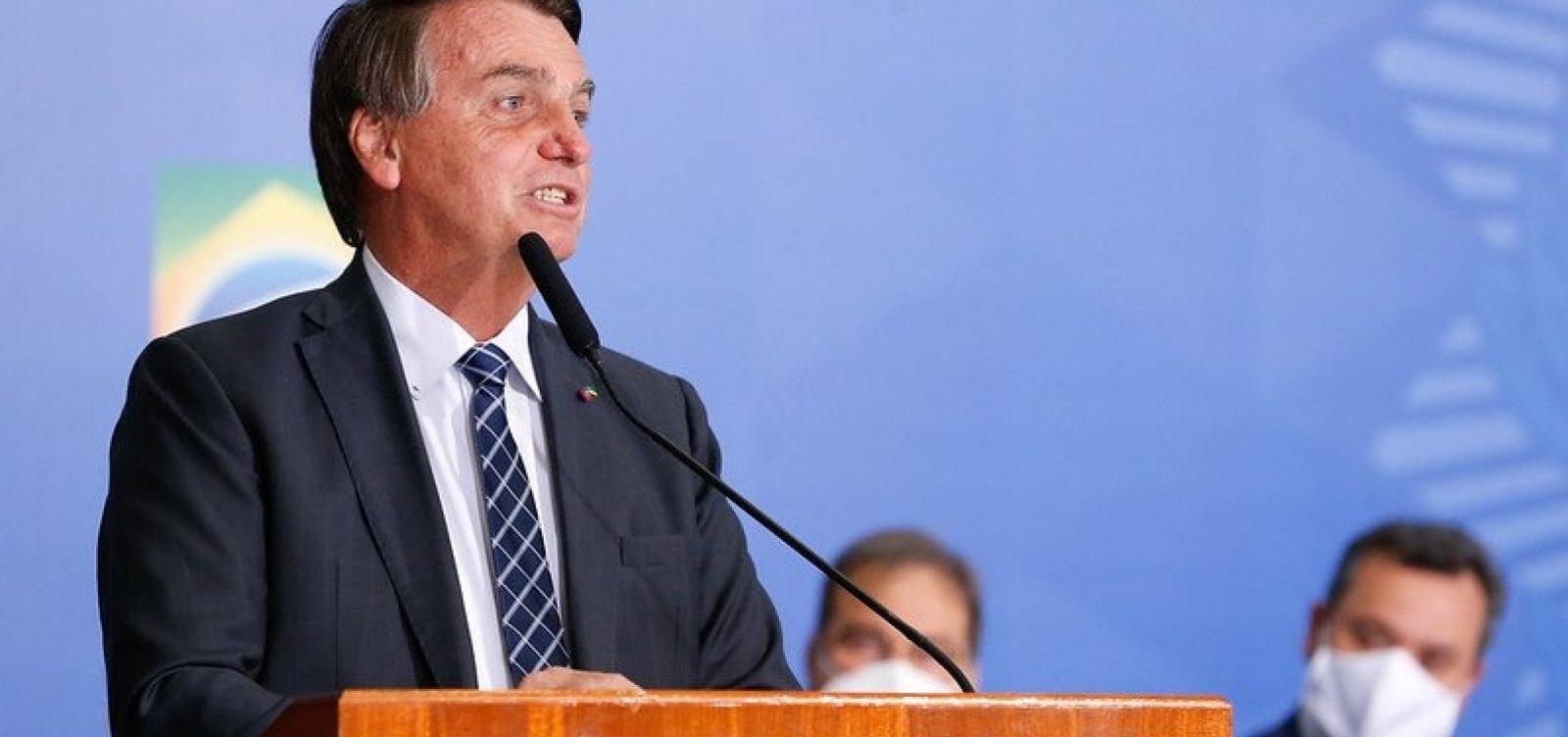 "Bolsonaro diz que STF ""comete crime"" e propaga ""fake news"" contra ele"