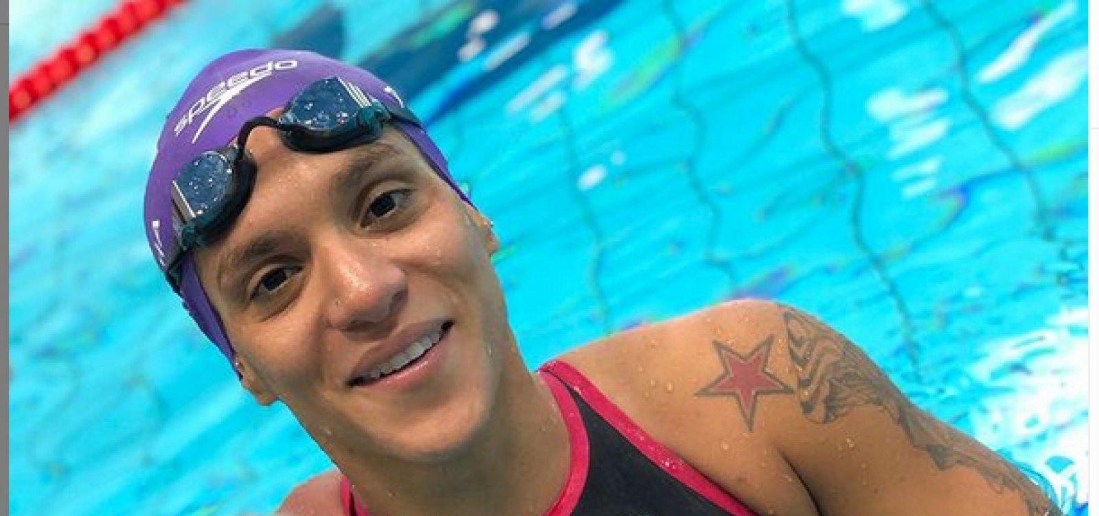 Noite olímpica começa com baiana em busca de medalha na maratona aquática