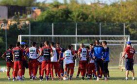 Dupla de zagueiros treina separado do grupo principal do Bahia