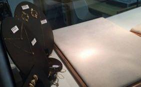 Homens fortemente armados assaltam joalheria e clientes no Shopping Itaigara