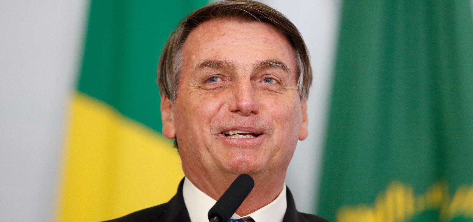 """Ivermectina mata bichas"", diz Bolsonaro em vídeo exibido na CPI"