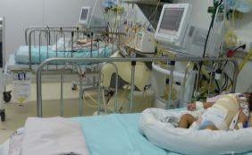 Cirurgia de siamesas baianas em Goiás acontece em tempo recorde