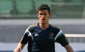 Zagueiro Nathan, do Palmeiras, foi oferecido ao Bahia