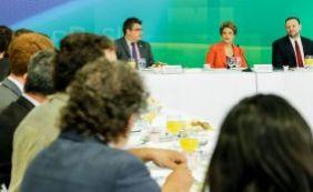 """""""Grande preocupação do governo é com o desemprego"""", diz Dilma"""