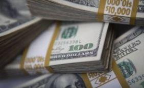 Dólar sobe e bolsa da China cai em novo pregão