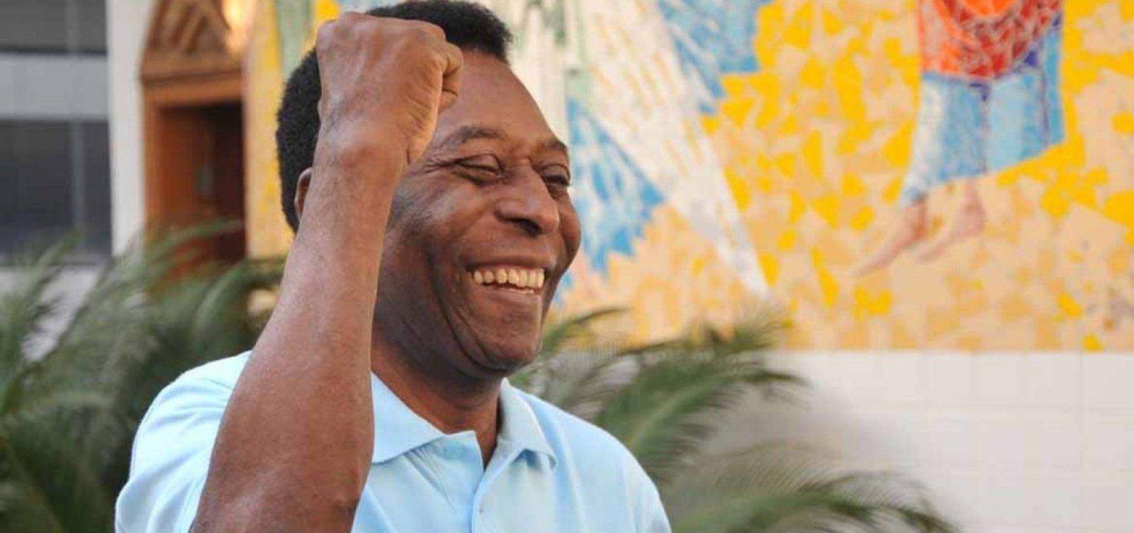Pelé nega desmaio e diz que foi ao hospital fazer exames de rotina