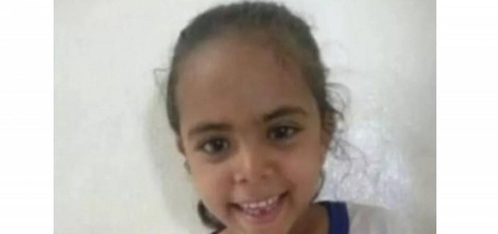 Após morte de menina de 6 anos por Covid-19, aulas presenciais são suspensas em cidade no norte do estado