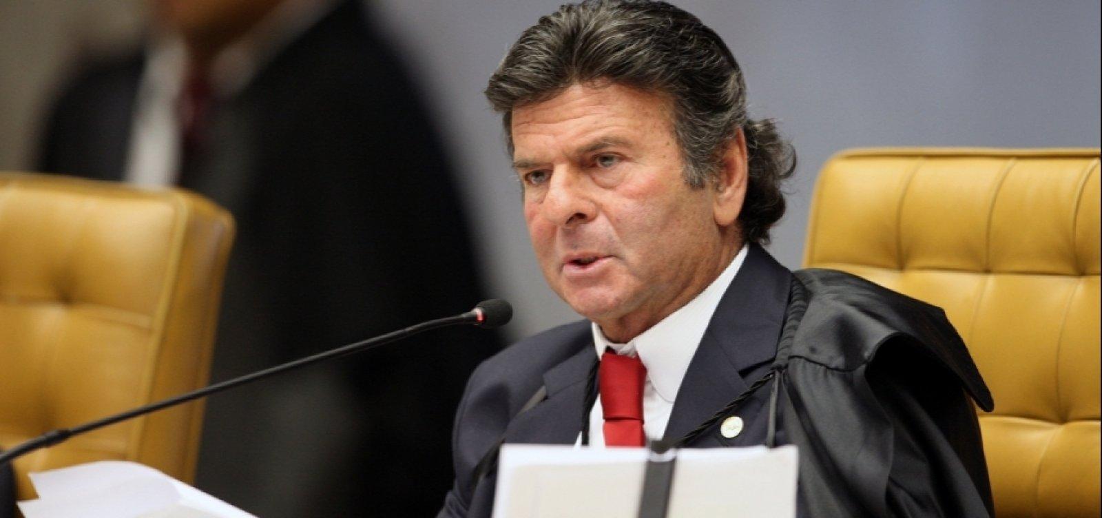 Desobediência de Bolsonaro a decisões do STF será crime de responsabilidade, diz Fux
