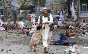 Afeganistão: 13 pessoas morrem e 14 ficam feridas em atentado suícida