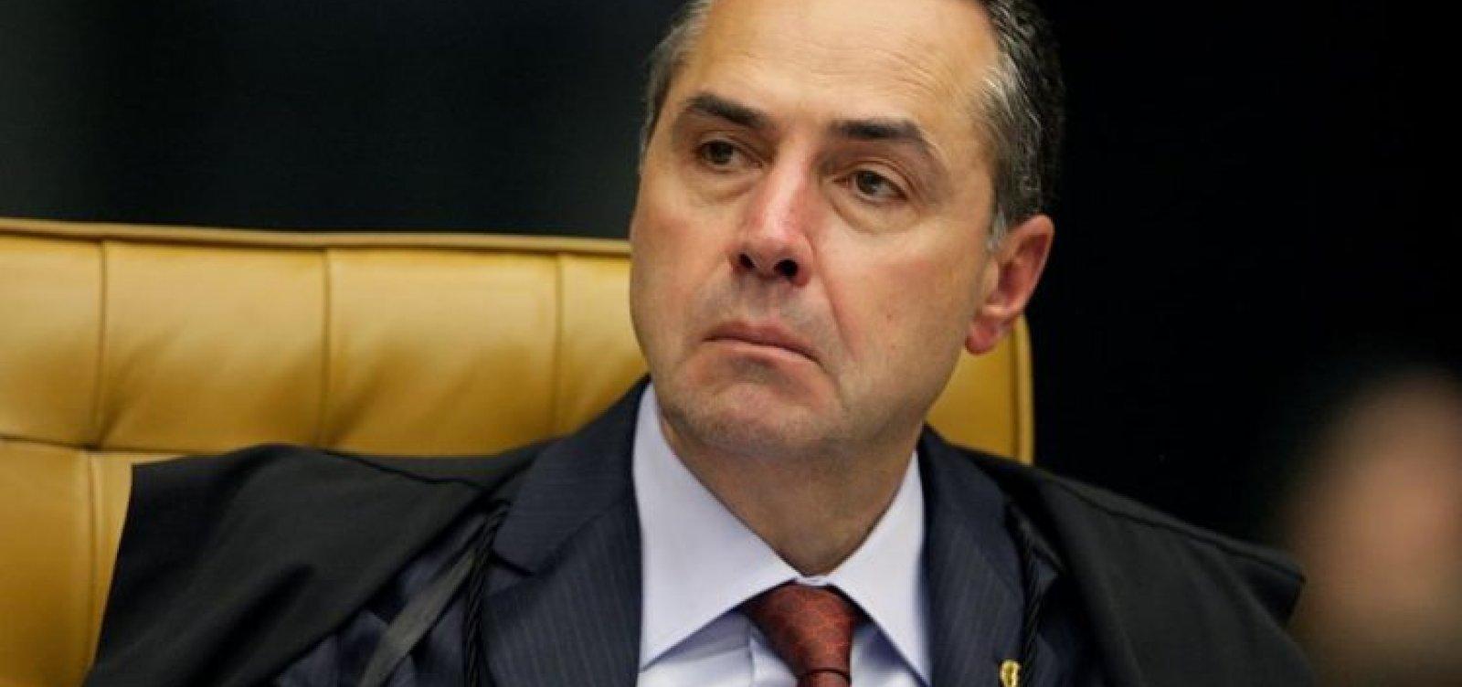"""Barroso chama Bolsonaro de """"farsante"""" e vê """"retórica vazia"""" em discurso golpista"""