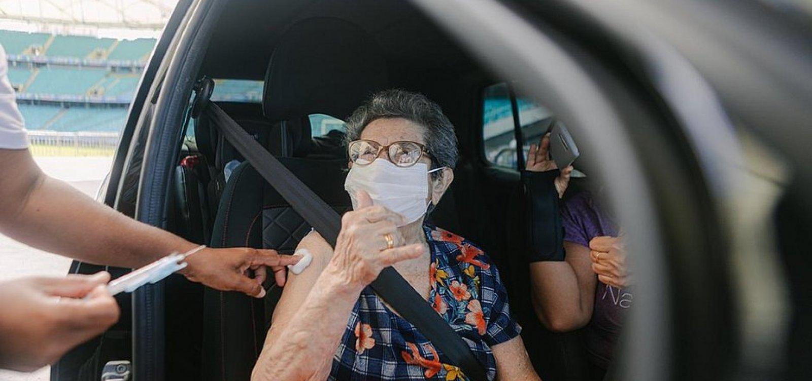Quase 35% da população brasileira já tem imunização completa contra Covid-19