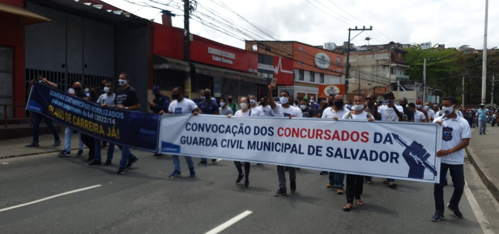 Agentes da Guarda Civil Municipal fazem protesto na Avenida San Martin