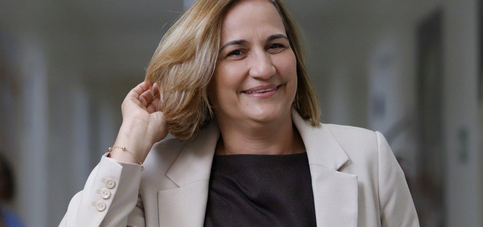Sem nome na Saúde, governador mantém secretária interina 40 dias após saída de Vilas-Boas
