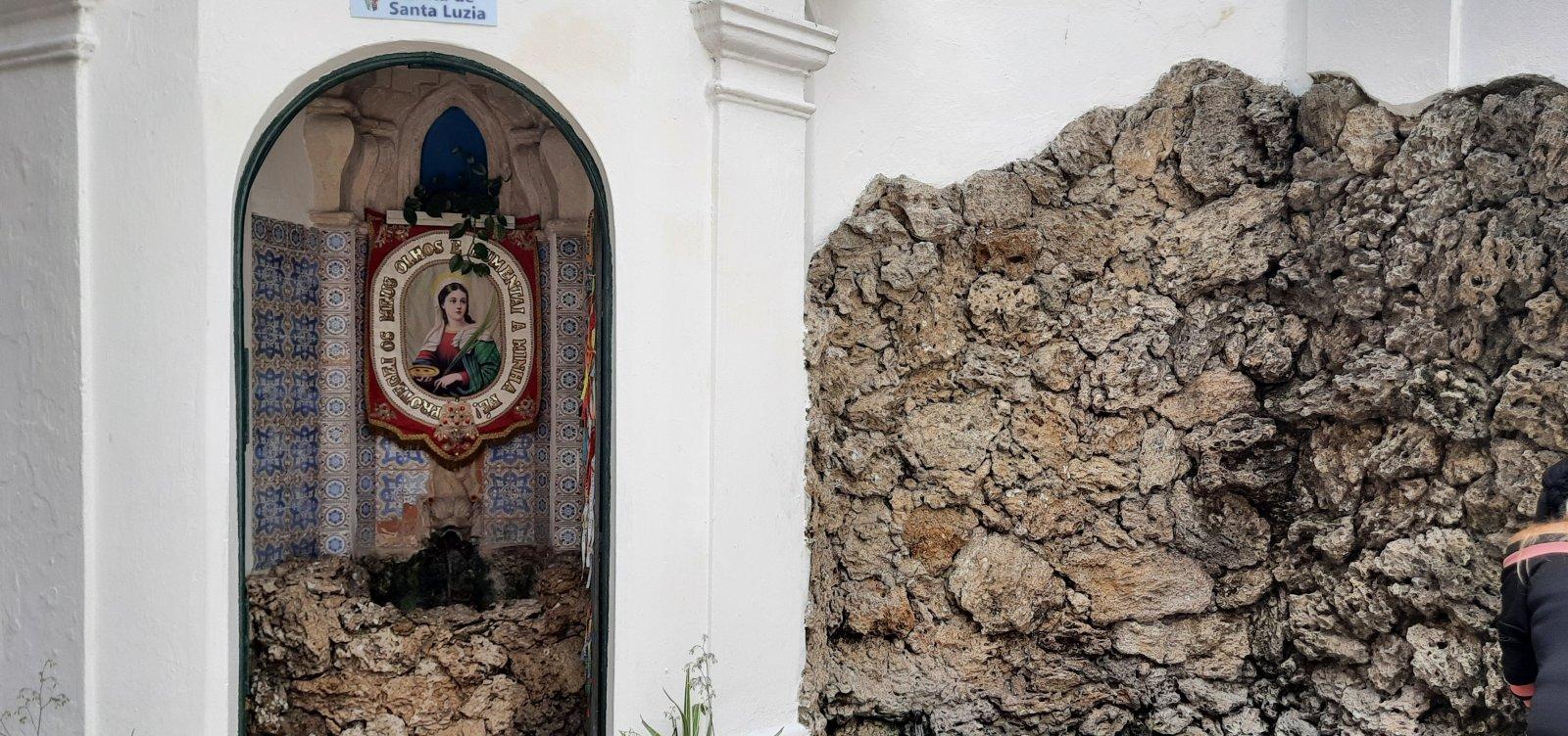 """""""Pureza da água de Santa Luzia é atestada pela vigilância sanitária"""", garante Padre Renato"""