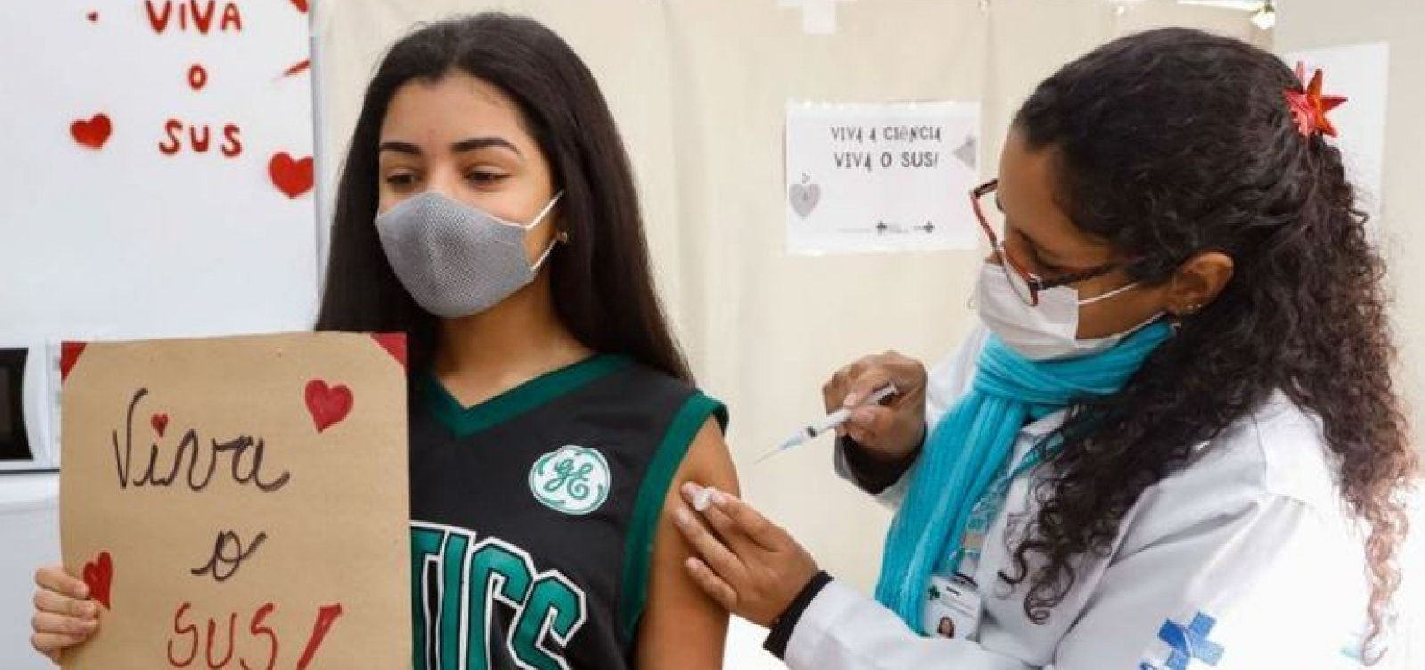 Vacinação contra Covid avança para adolescentes com 14 anos em Salvador