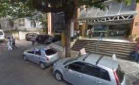 Dupla rende funcionários e assalta casa lotérica na Barra