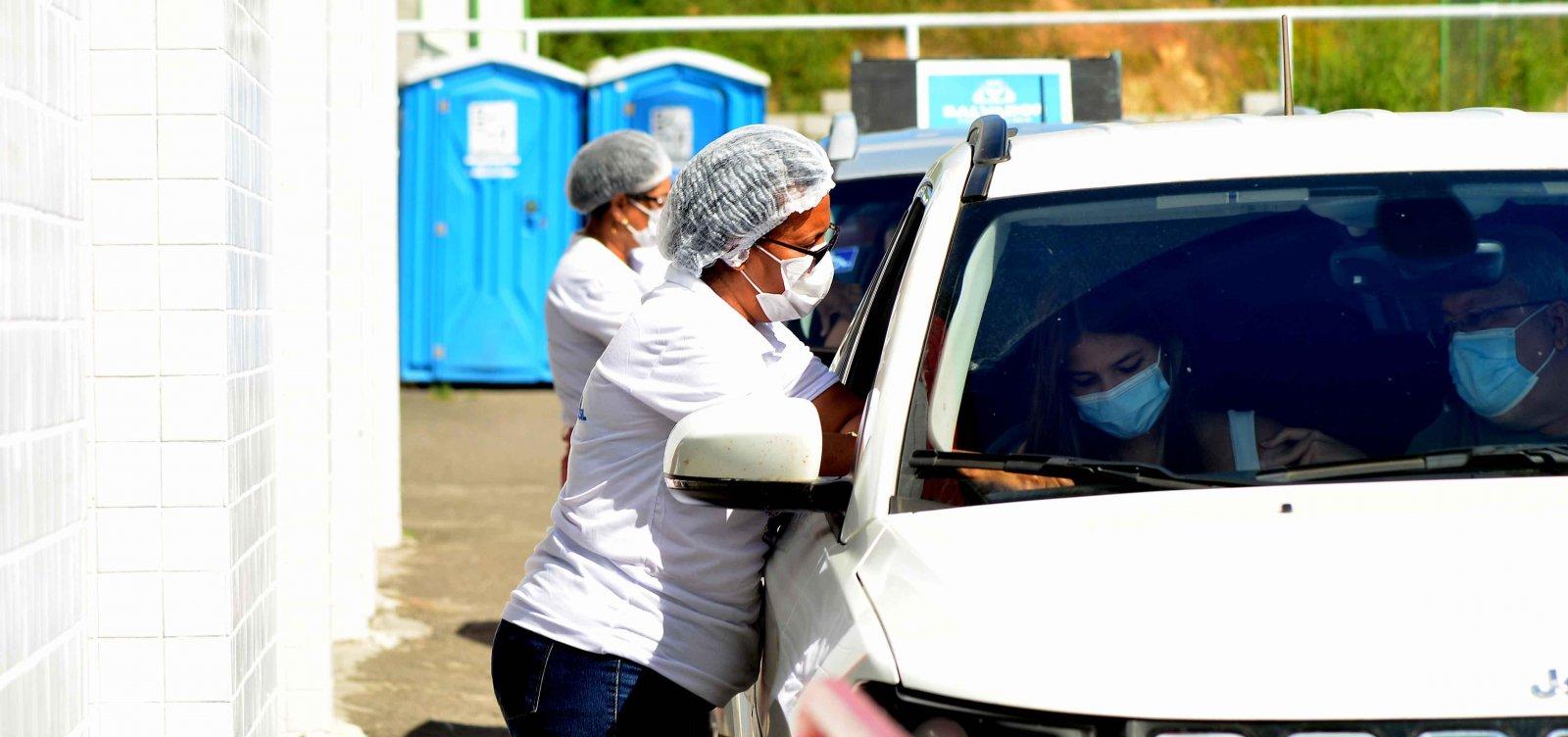 Vacinação contra Covid segue para pessoas com 14 anos ou mais em Salvador
