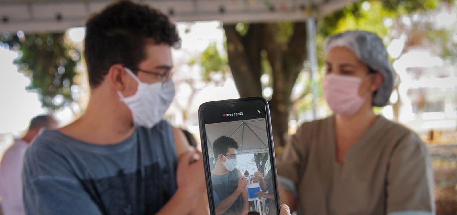 Anvisa mantém orientação sobre vacinação de adolescentes e contraria suspensão determinada pelo MS
