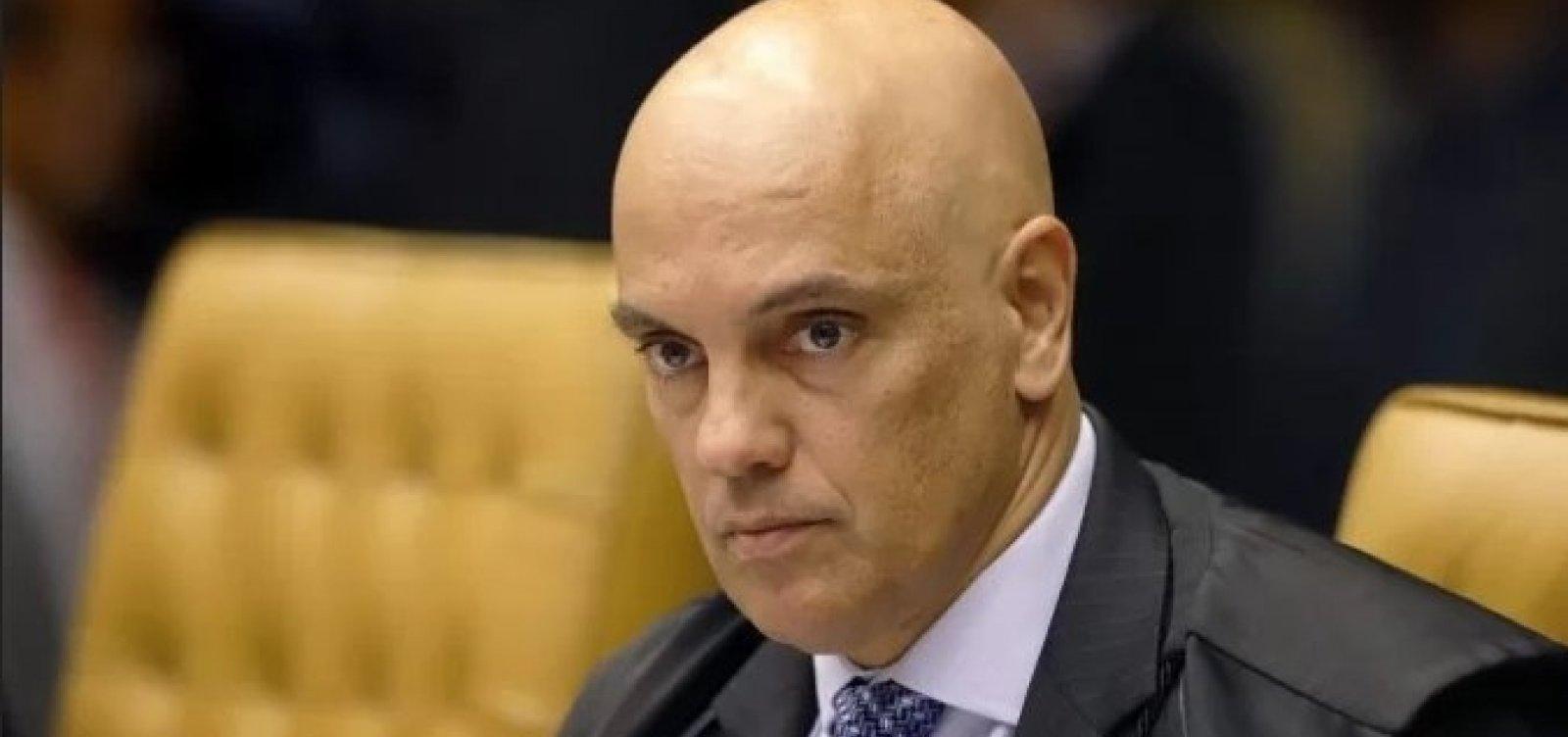 Aguardem desenrolar de inquéritos de Bolsonaro, diz Alexandre de Moraes sobre insinuação de acordo