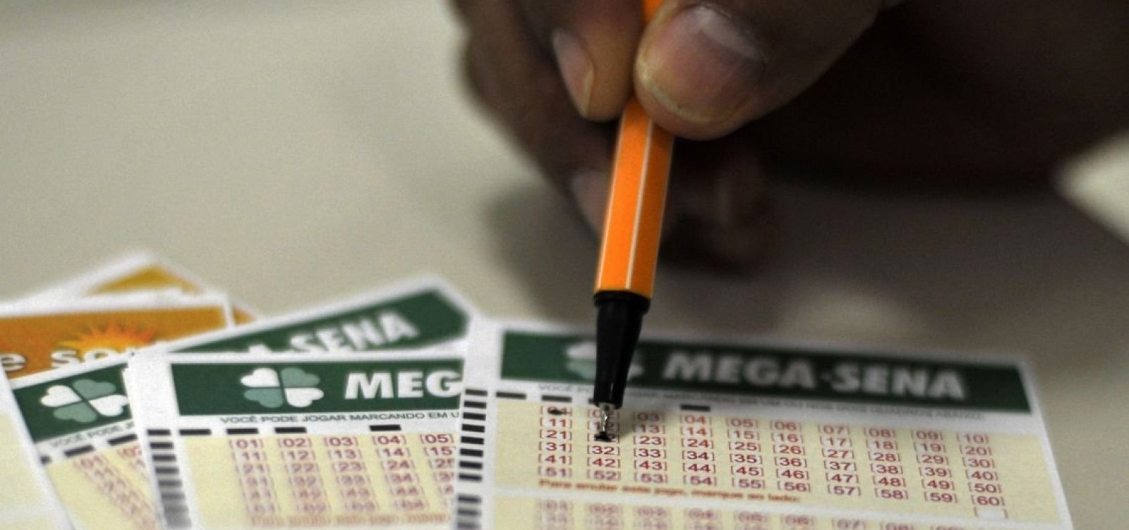 Mega-Sena: dois ganhadores dividem prêmio de R$ 23,5 milhões