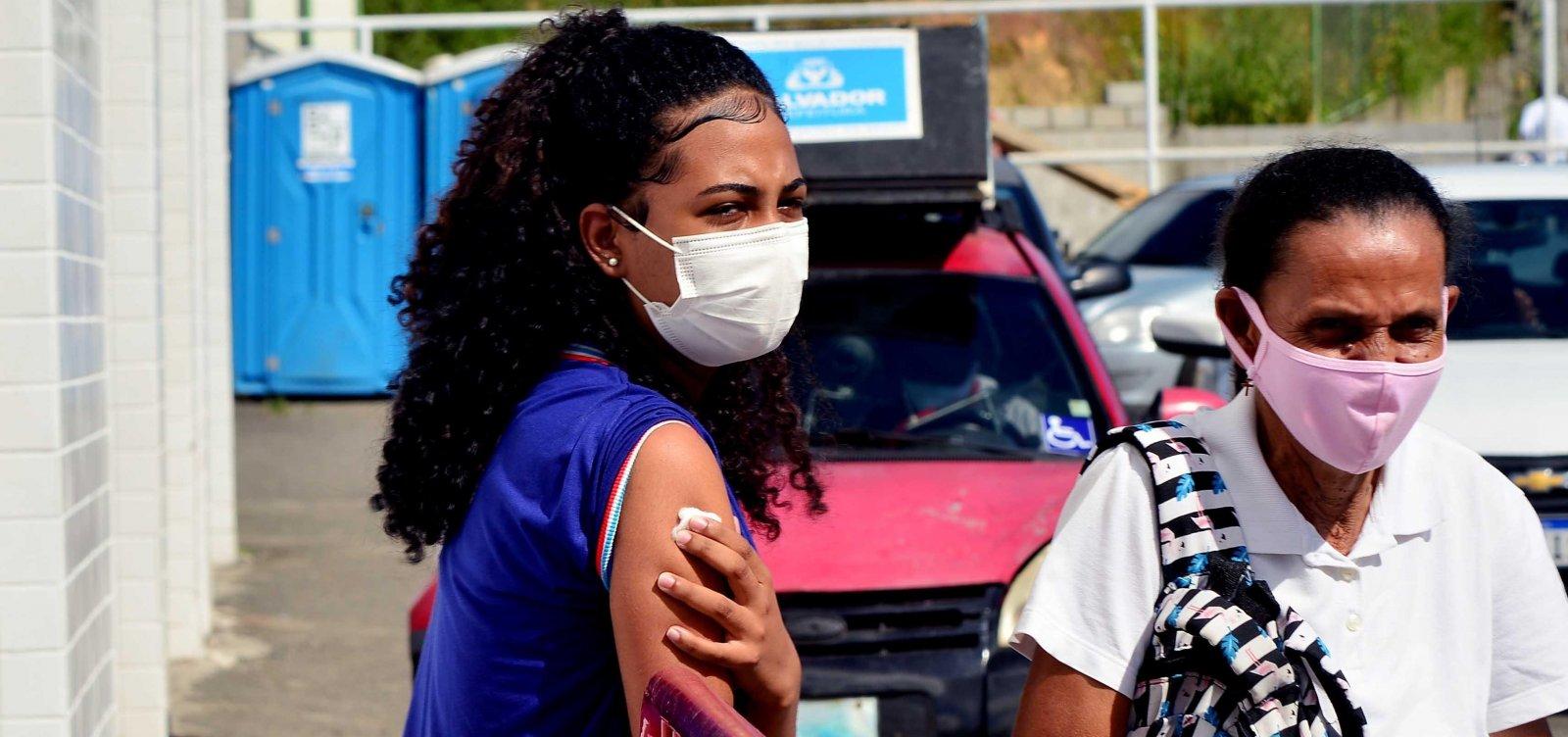 Salvador retoma vacinação contra Covid para pessoas com 13 anos ou mais nesta segunda-feira