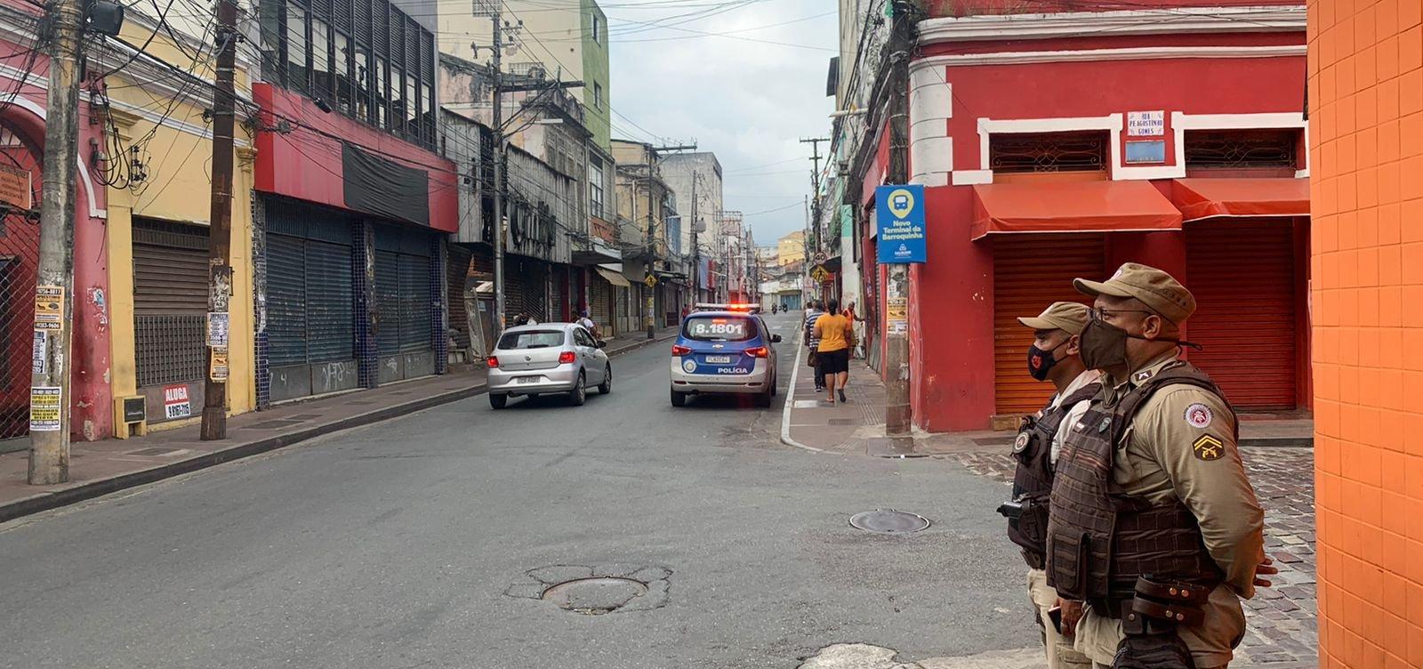 Após protestos e denúncia de PM assassinar jovens, agentes intensificam segurança na Barroquinha