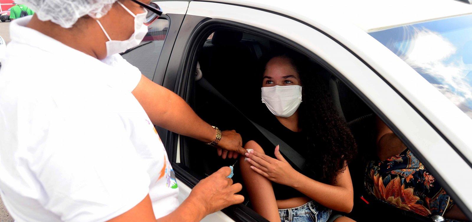 Vacinação avança e Salvador chega à última idade de público-alvo para primeira dose
