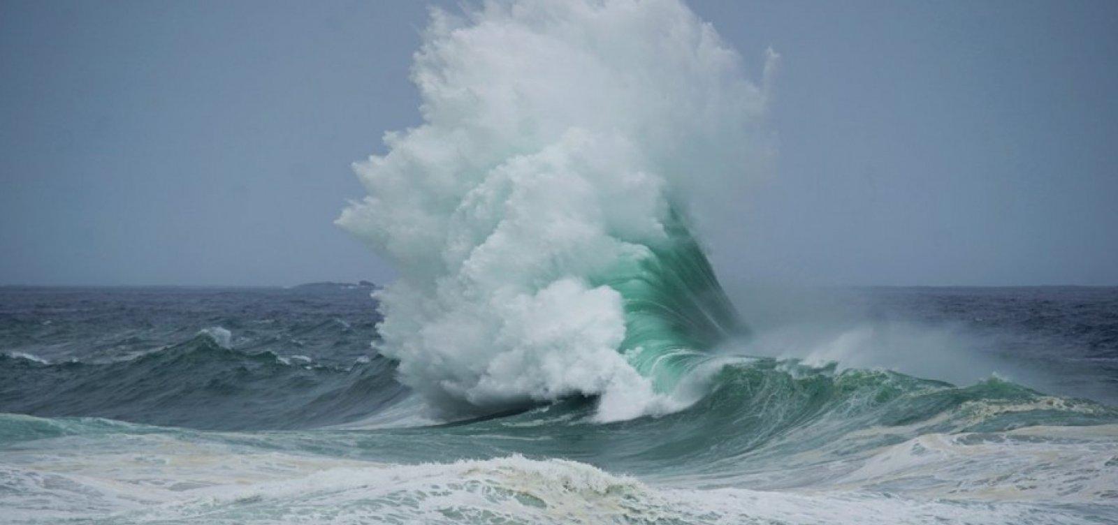 Marinha emite alerta de mau tempo com chance de ressaca e ondas de até 3,5 metros