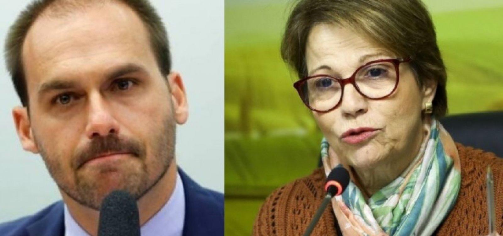 Comitiva presidencial: Eduardo Bolsonaro e ministra Tereza Cristina recebem diagnóstico de Covid-19