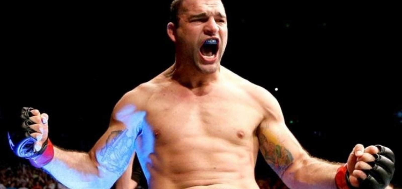 Lenda do MMA inaugura academia de artes marciais em Salvador