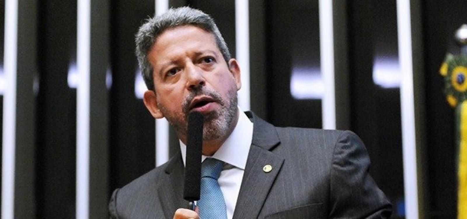 """Lira pressiona Petrobras por preço de combustível: """"O Brasil não pode tolerar gasolina a quase R$ 7"""""""